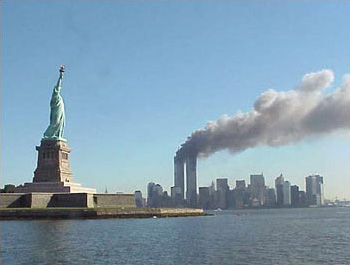 [View of the WTC and the Statue of Liberty (National Park Service)]